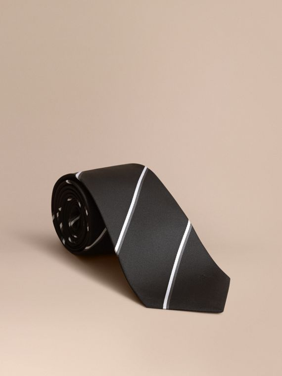 Classic Cut Striped Silk Jacquard Tie in Black