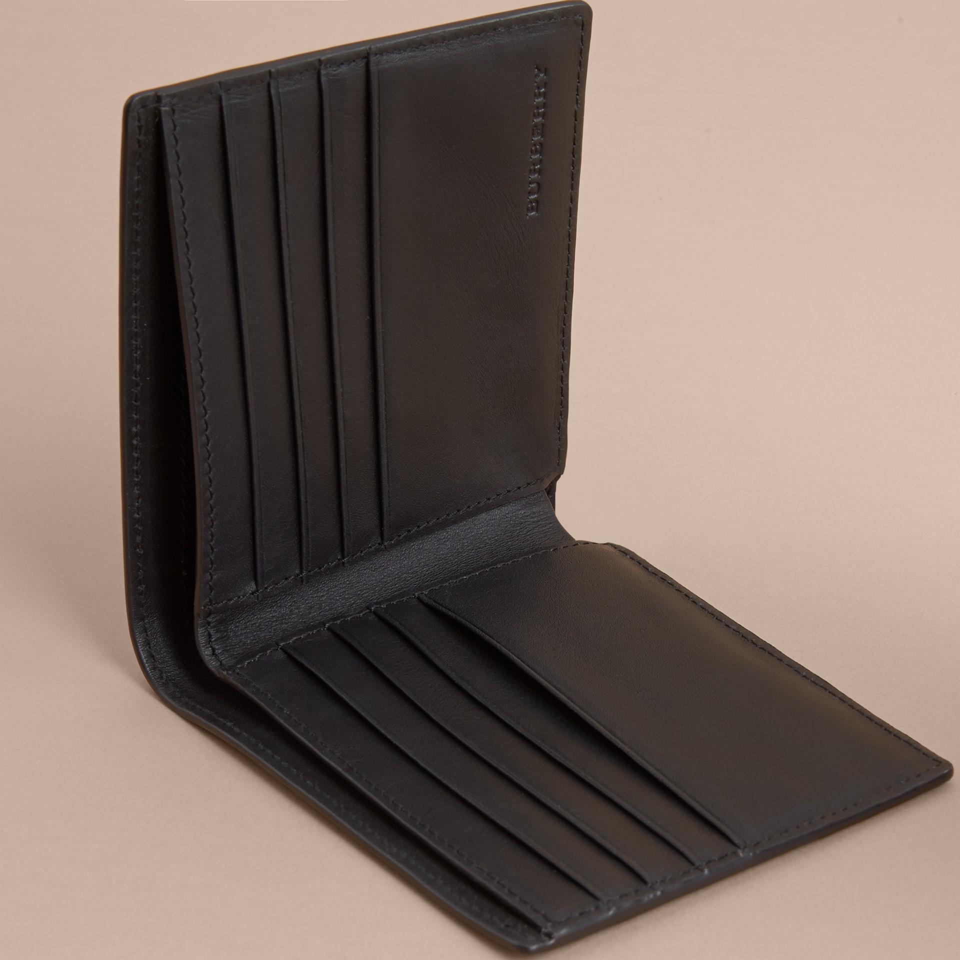 London Check Folding Wallet Chocolate/black - gallery image 4