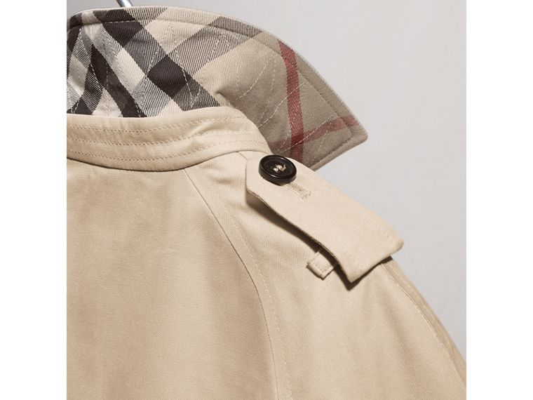 The Wiltshire – Heritage Trench Coat in Stone | Burberry Australia - cell image 4