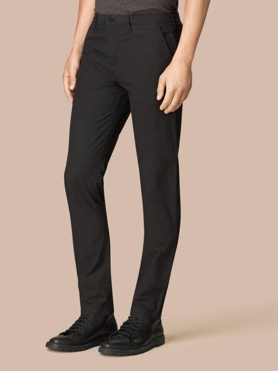 Pantalones chinos ajustados en popelina de algodón (Negro)