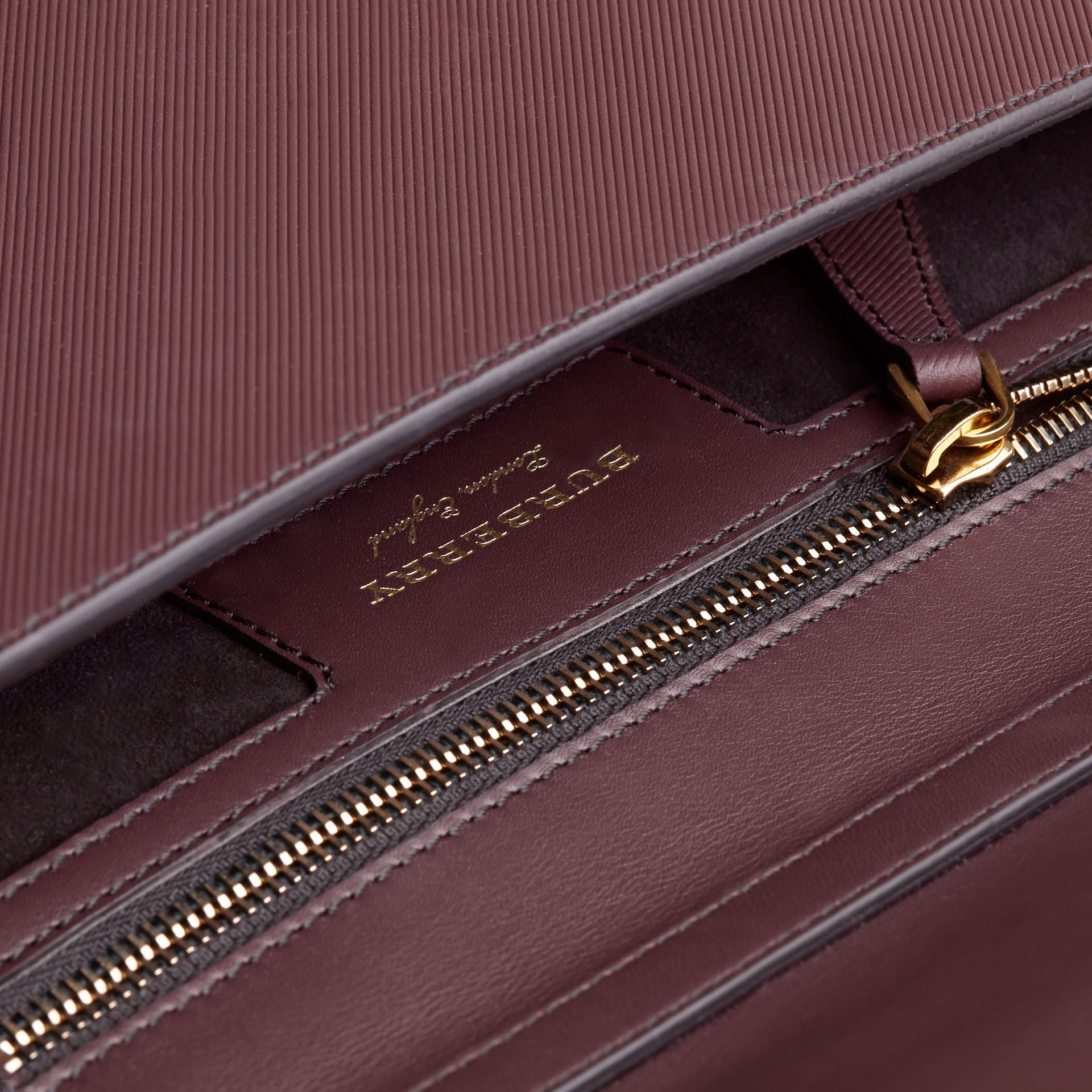 The DK88 Document Case Wine - gallery image 7