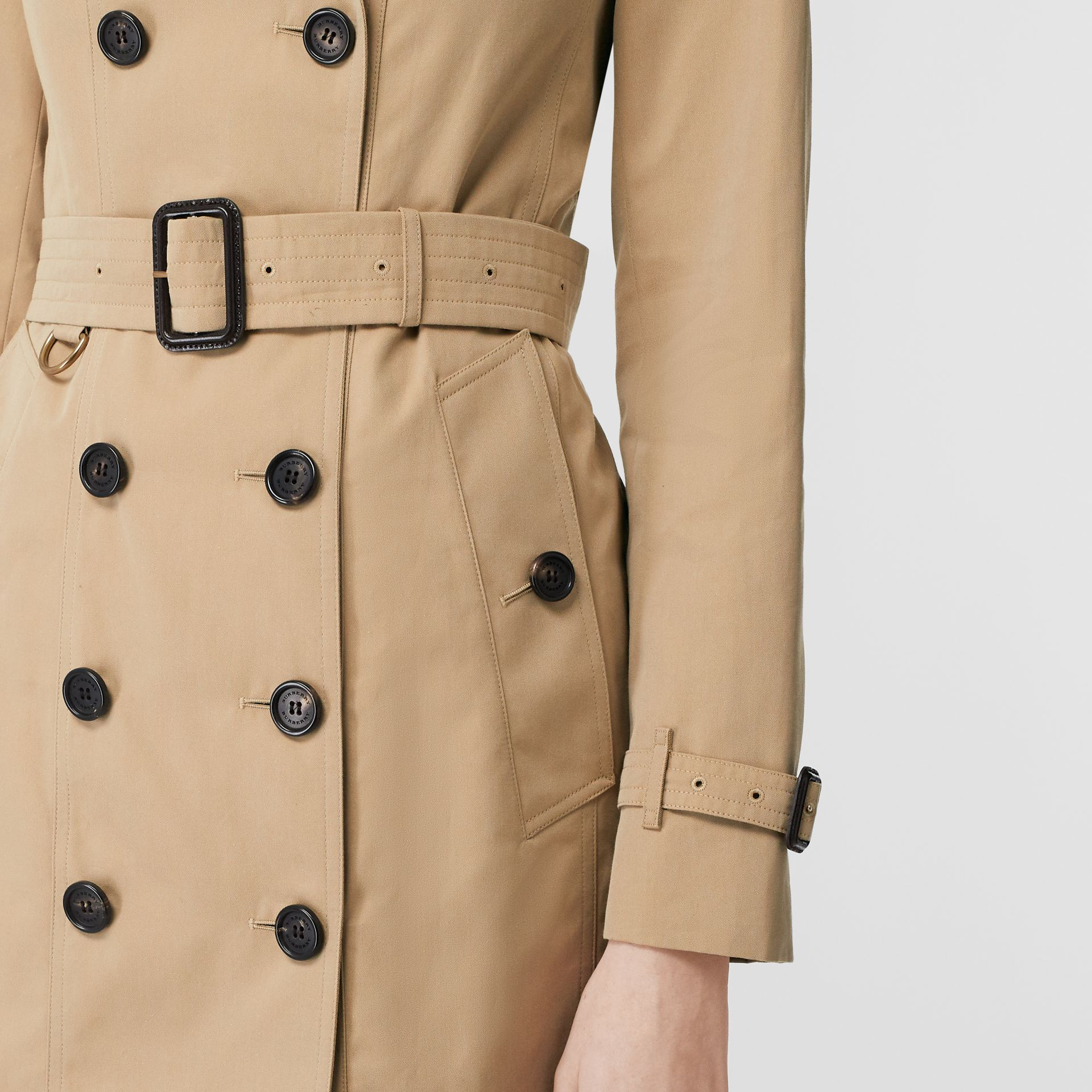 The Sandringham – Mid-length Trench Coat in Honey - Women | Burberry Singapore - gallery image 4