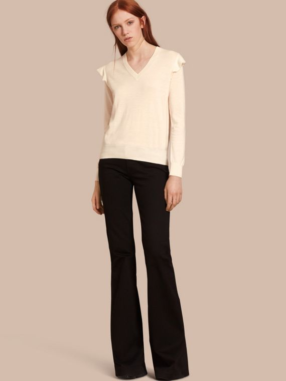 Cashmere Sweater with Frill Sleeves Natural White