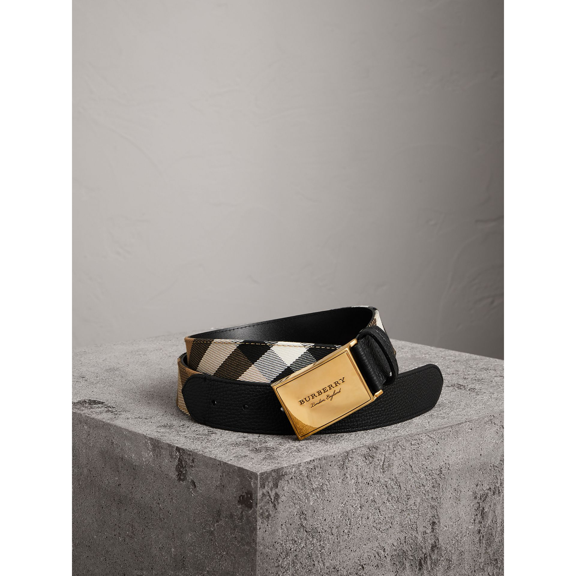 Plaque Buckle House Check and Leather Belt in Black - Men | Burberry - gallery image 0