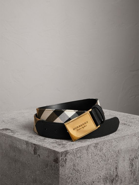 Plaque Buckle House Check and Leather Belt in Black