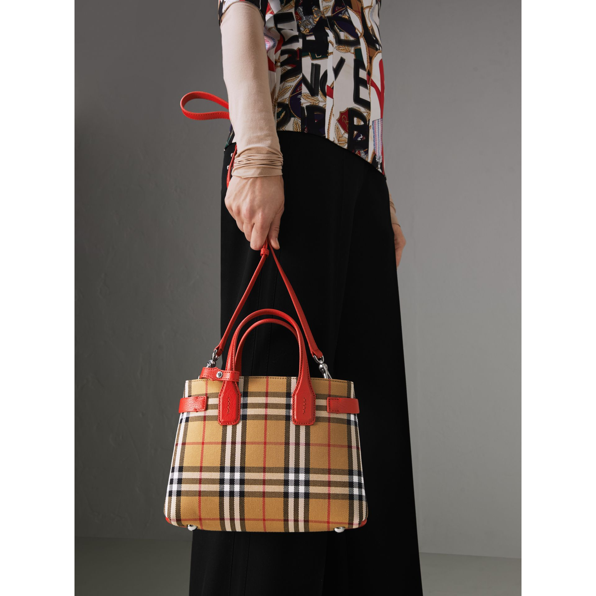 The Small Banner in Vintage Check and Leather in Bright Red - Women | Burberry United Kingdom - gallery image 3