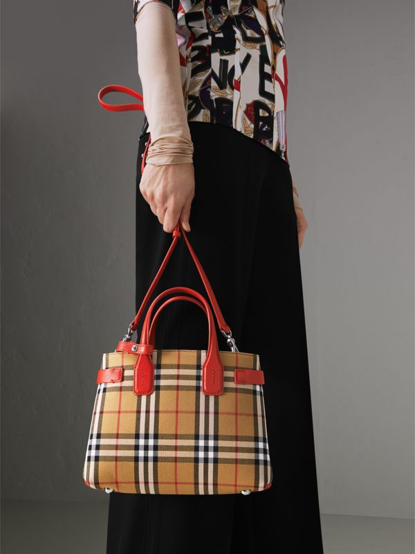 The Small Banner in Vintage Check and Leather in Bright Red - Women | Burberry Hong Kong - cell image 3