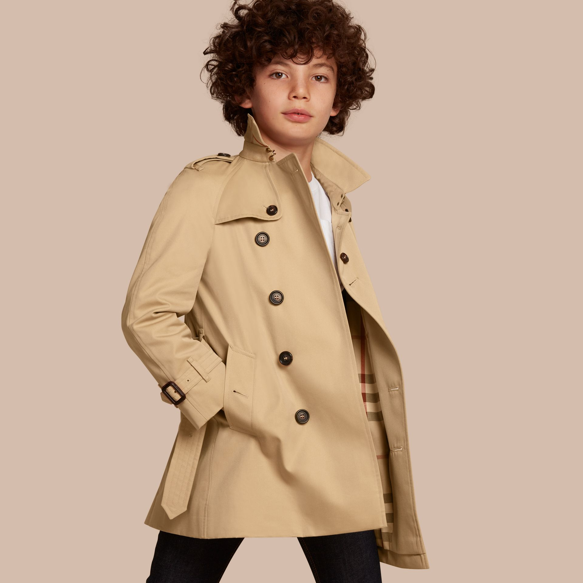 The Wiltshire – Heritage Trench Coat in Honey - Boy | Burberry - gallery image 1
