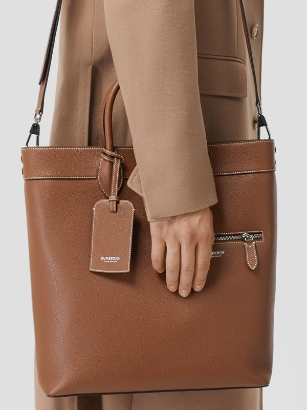 Grainy Leather Tote in Tan | Burberry - cell image 3