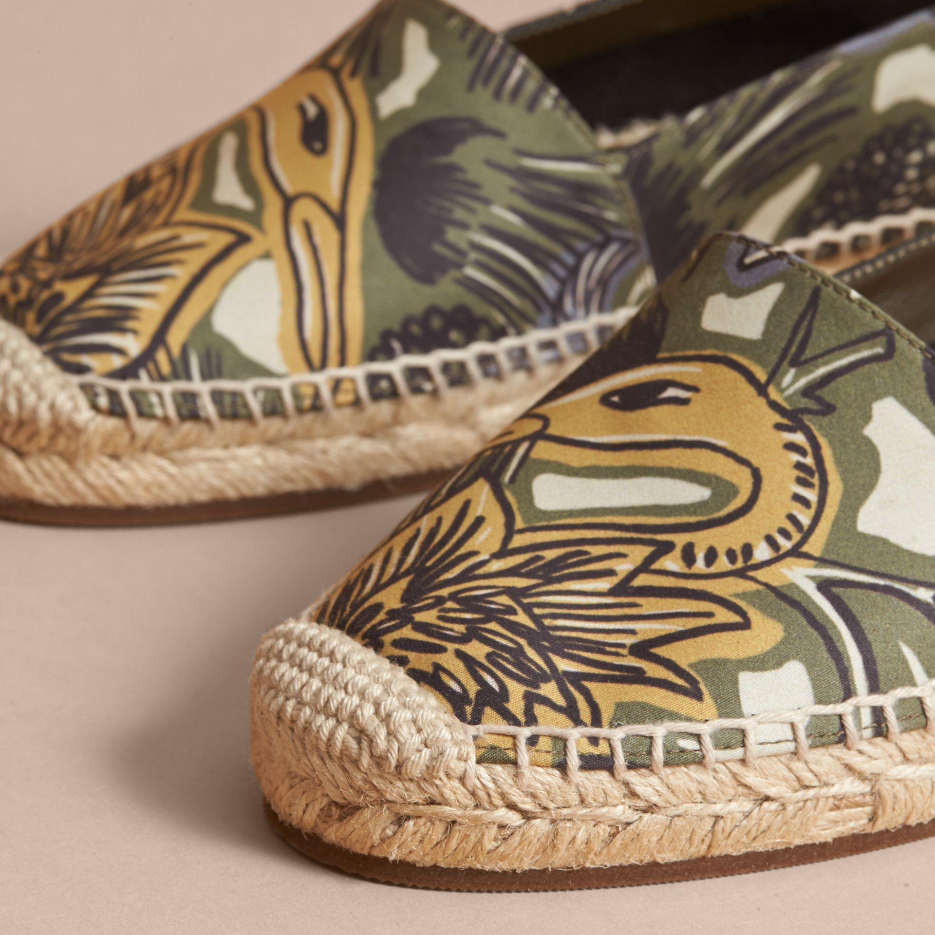 Beasts Print Cotton Blend Espadrilles in Clay Green - Women | Burberry United Kingdom - gallery image 2