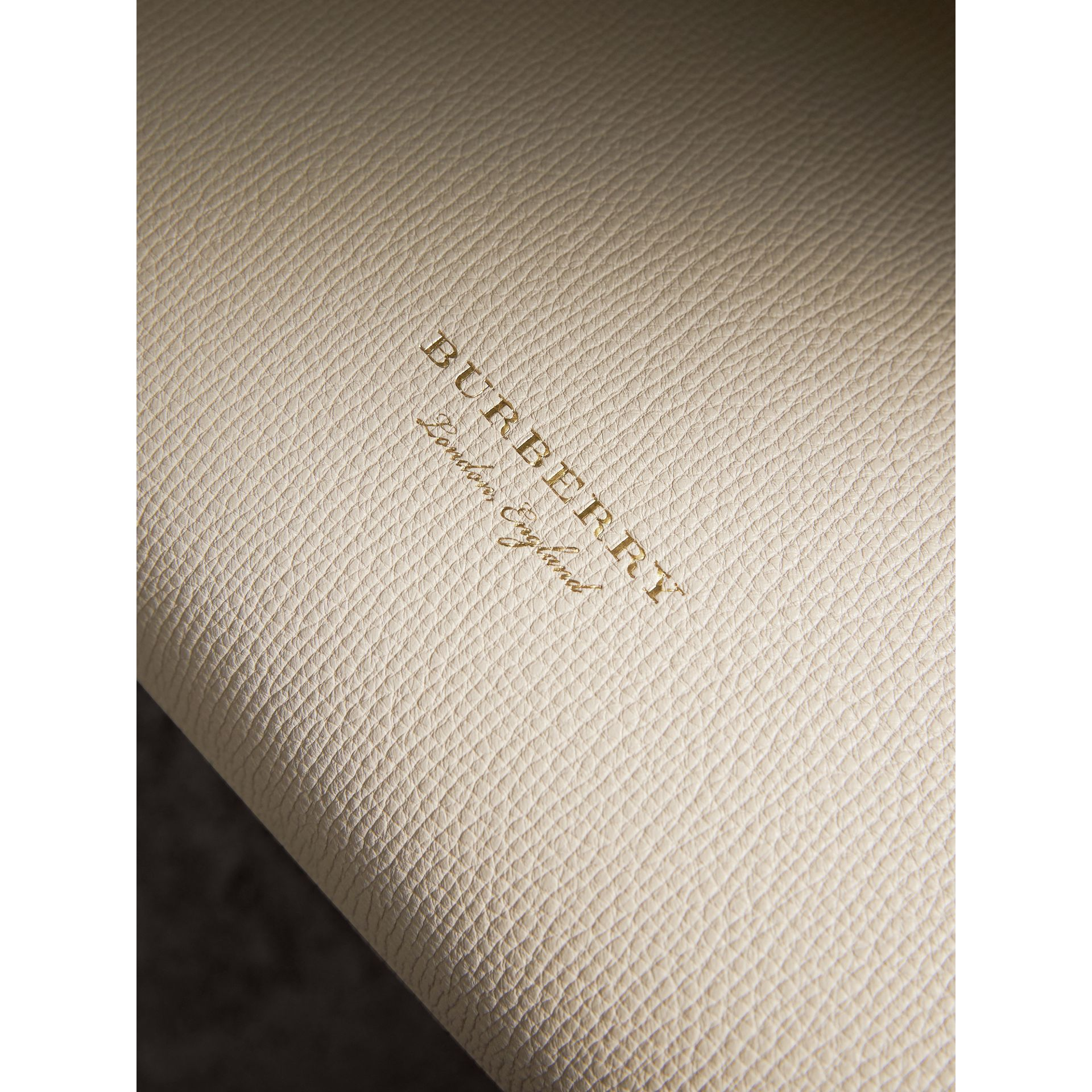 The Medium Banner in Leather with Tonal Appliqué in Limestone - Women | Burberry - gallery image 2