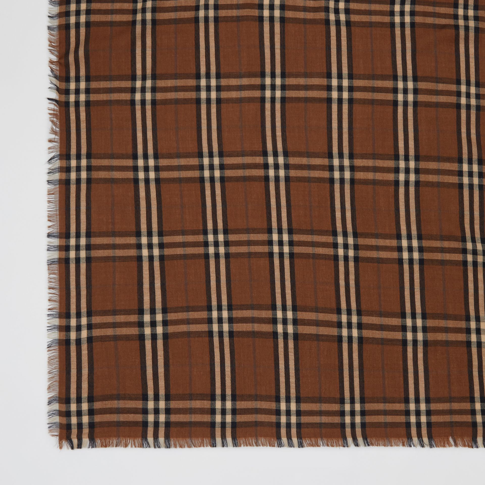 Vintage Check Lightweight Cashmere Scarf in Bridle Brown | Burberry Singapore - gallery image 1