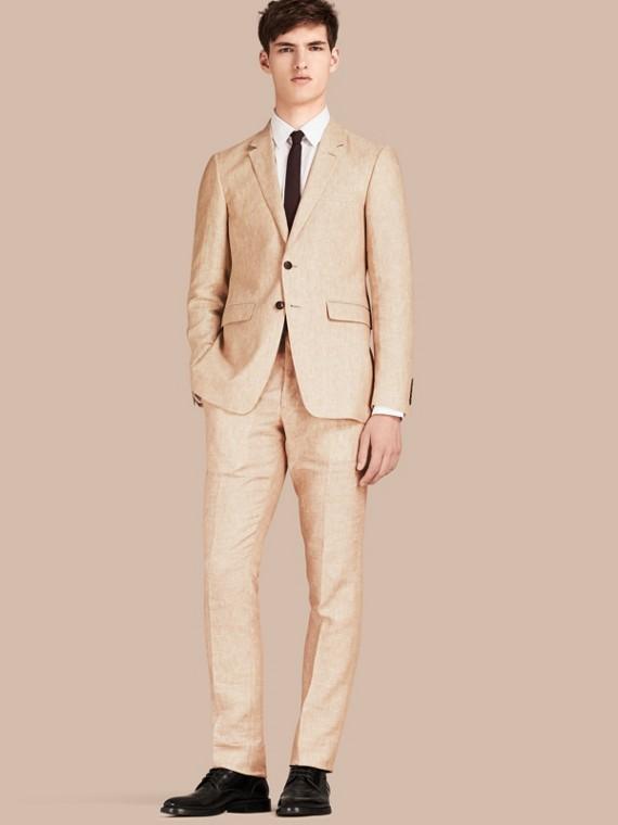Jaqueta de linho com corte moderno