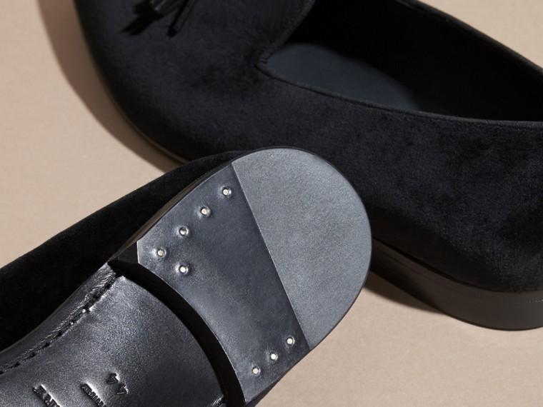 Noir Mocassins en velours avec pampilles - cell image 4