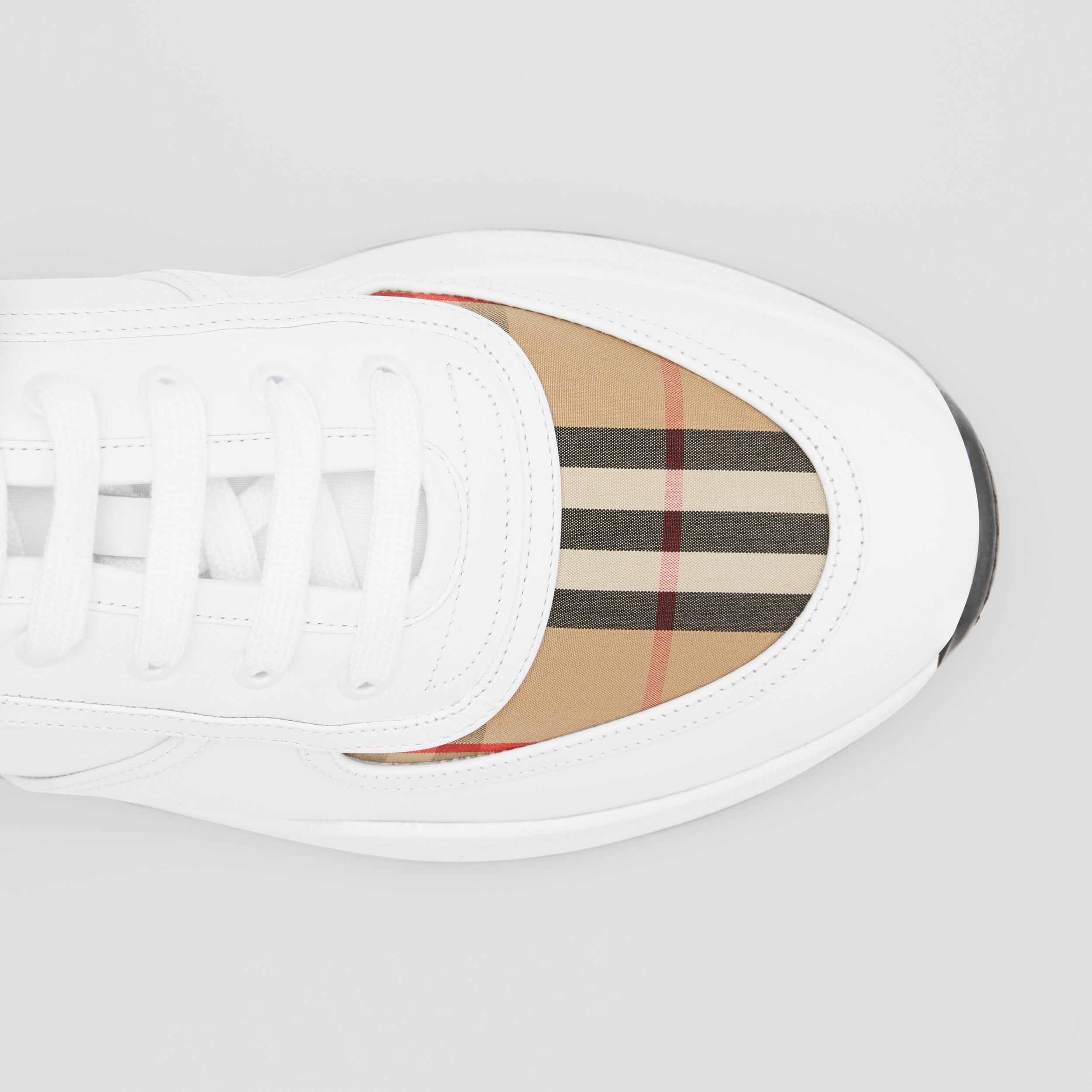 Logo Detail Leather and Vintage Check Sneakers in Archive Beige/white - Men | Burberry - 2