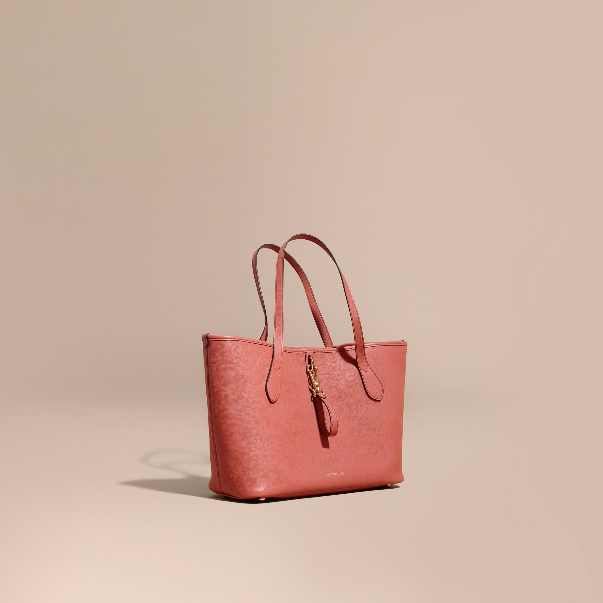 Medium Grainy Leather Tote Bag in Cinnamon Red - gallery image 1