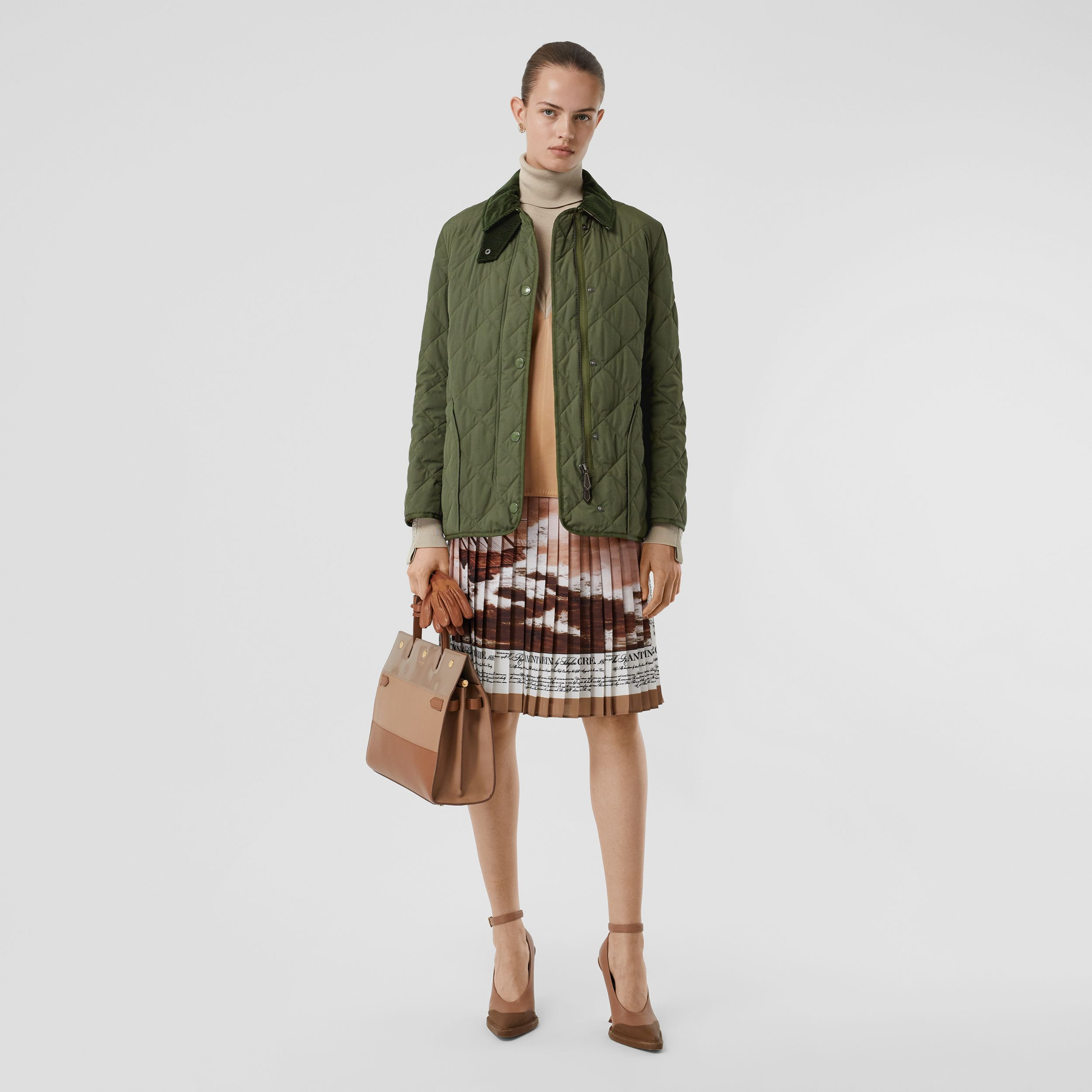 Diamond Quilted Thermoregulated Barn Jacket in Poplar Green - Women | Burberry United States - 1