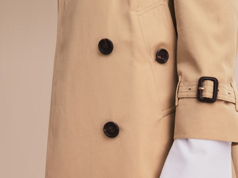 The Kensington – Long Heritage Trench Coat in Honey - Women | Burberry - cell image 4
