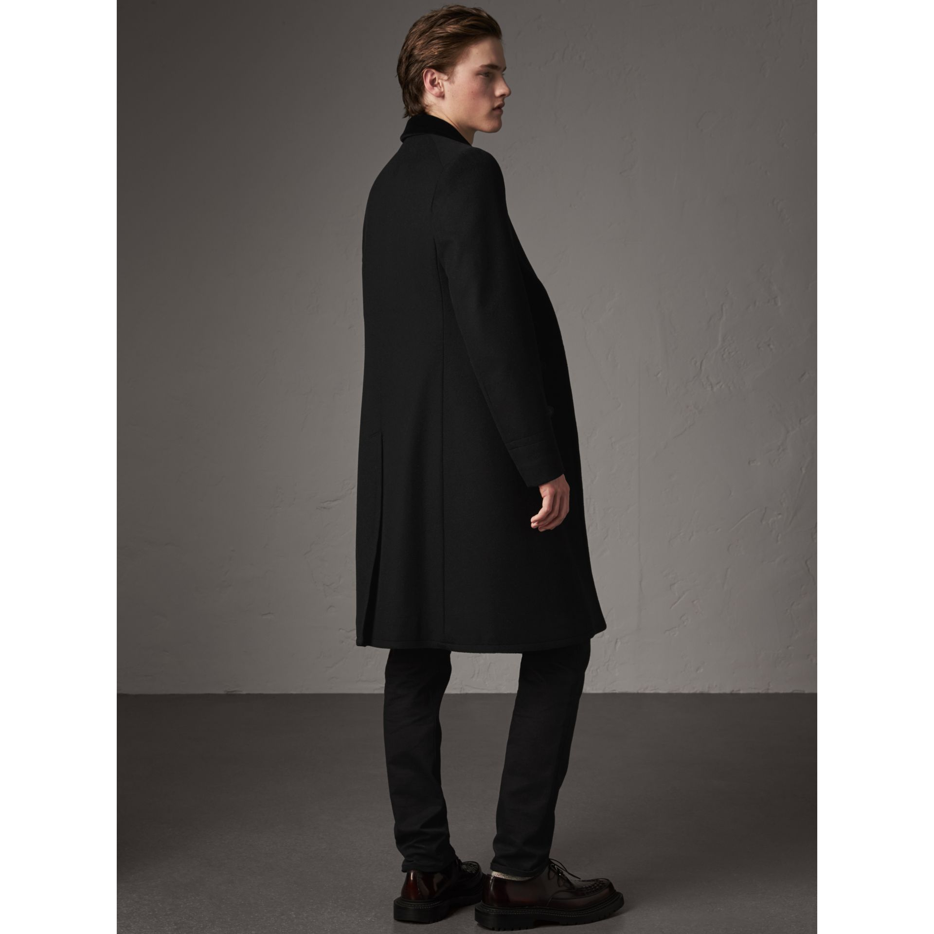 Velvet Collar Wool Cashmere Blend Riding Coat in Black - Men | Burberry - gallery image 3