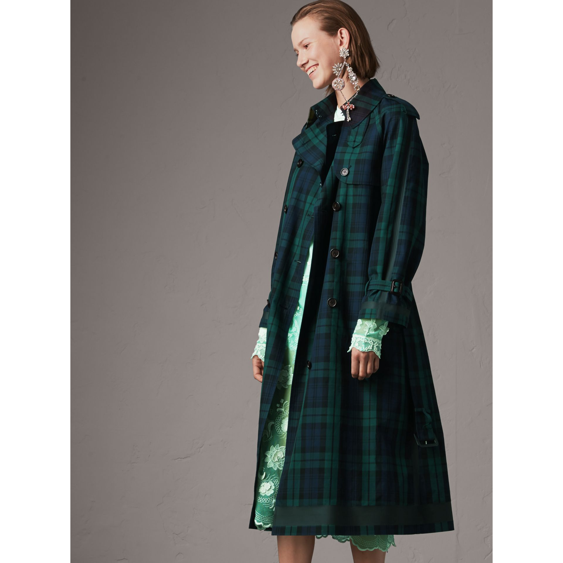 Tartan Cotton Gabardine Trench Coat in Bright Navy - Women | Burberry - gallery image 5