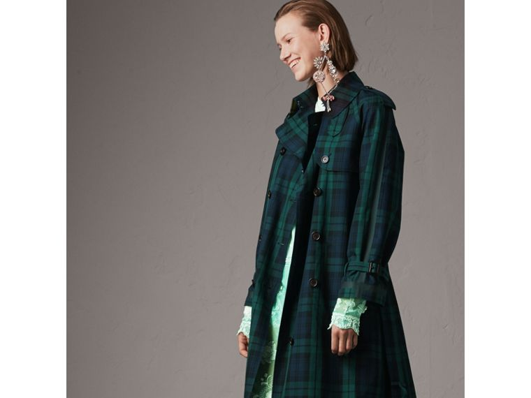 Trench coat in gabardine di cotone con motivo tartan (Navy Intenso) - Donna | Burberry - cell image 4