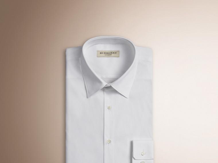 Camisa de algodão stretch com corte slim (Branco) - Homens | Burberry - cell image 2