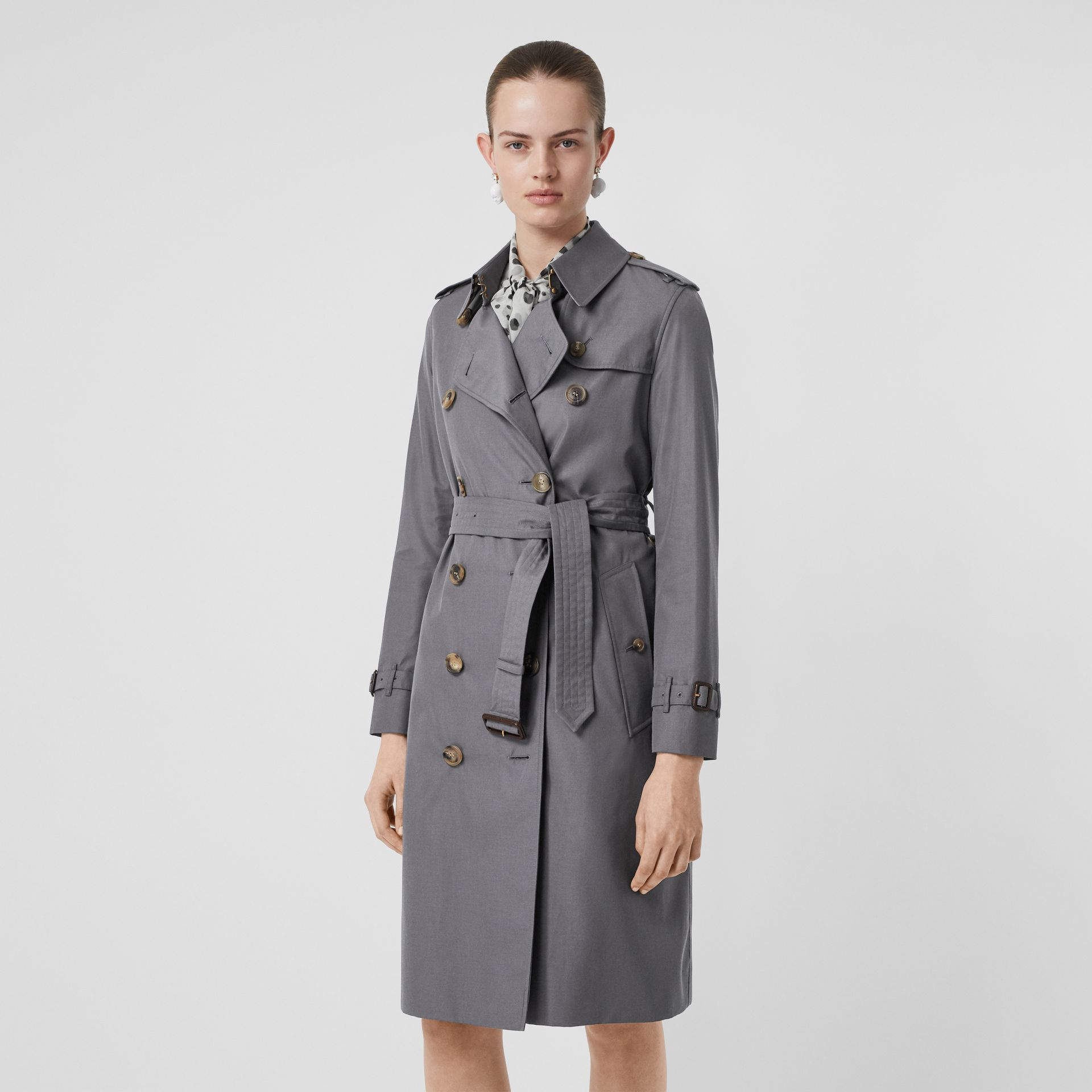 The Long Kensington Heritage Trench Coat in Mid Grey - Women | Burberry Singapore - gallery image 7