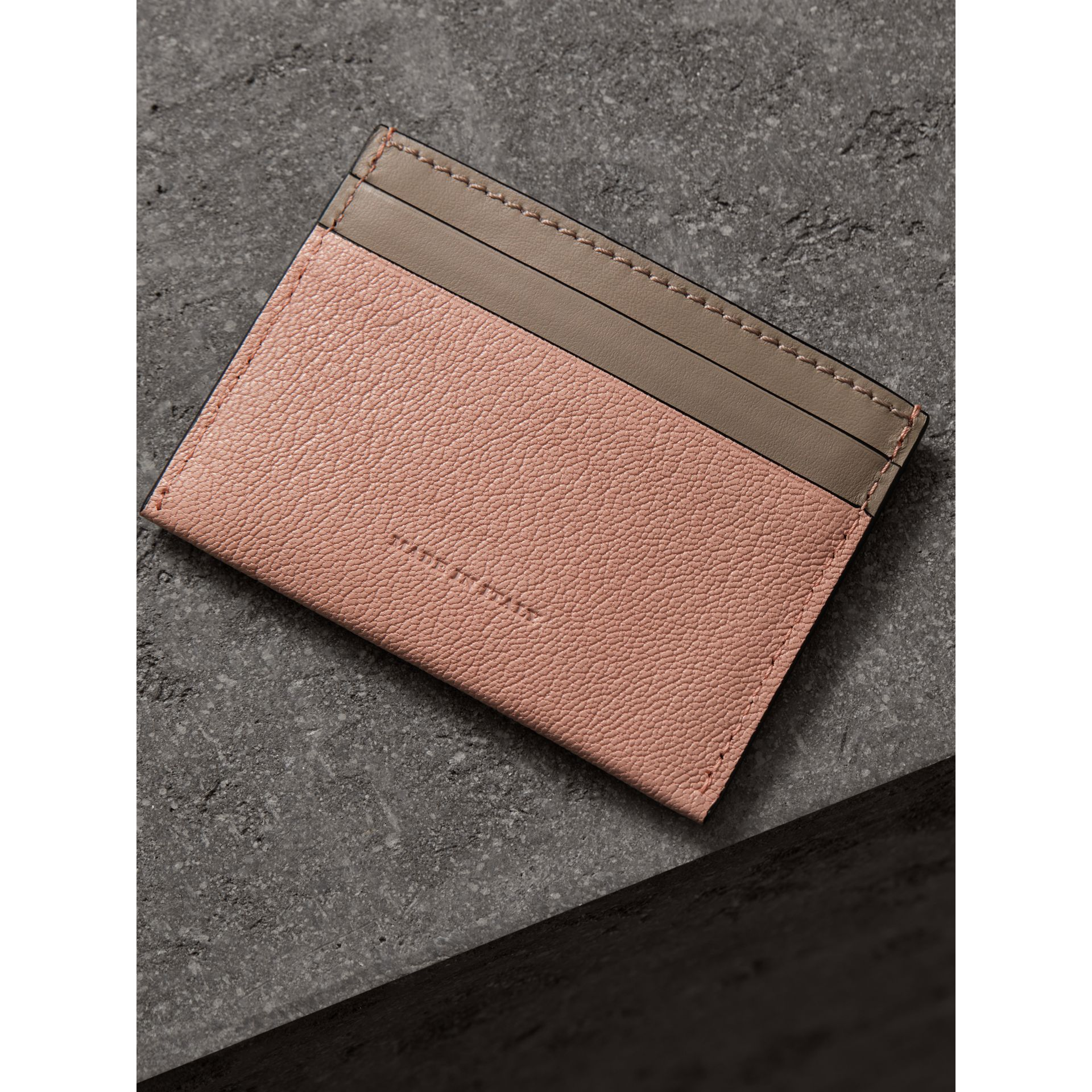 Two-tone Leather Card Case in Pale Ash Rose - Women | Burberry Hong Kong - gallery image 2
