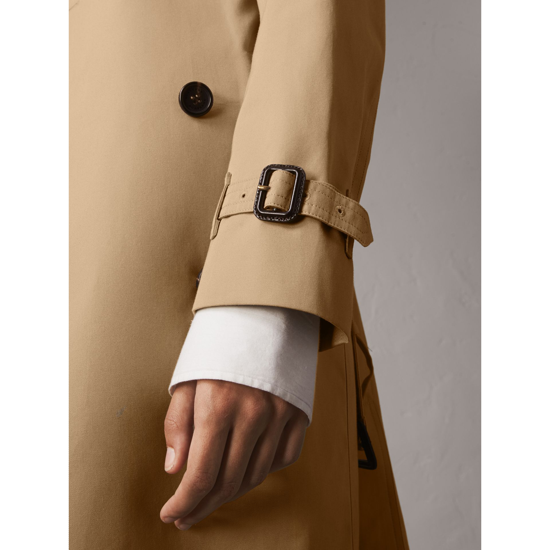 The Kensington – Extra-long Trench Coat in Honey - Women | Burberry Australia - gallery image 5