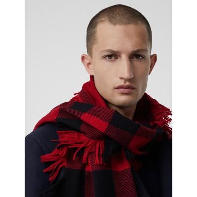 Burberry - Écharpe en laine à motif check et à franges - 7
