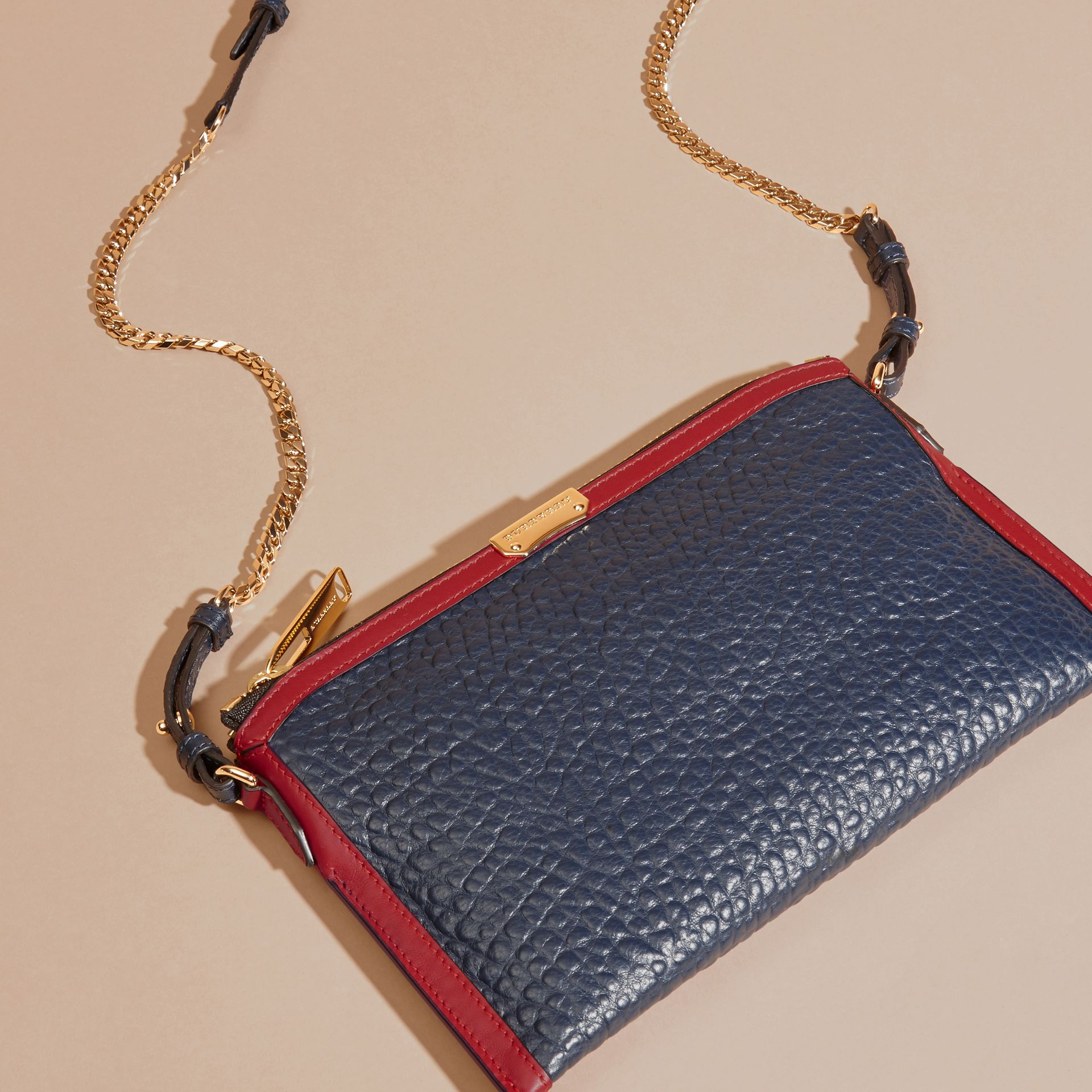 Blue crbn/parade red Contrast Border Signature Grain Leather Clutch Bag - gallery image 8