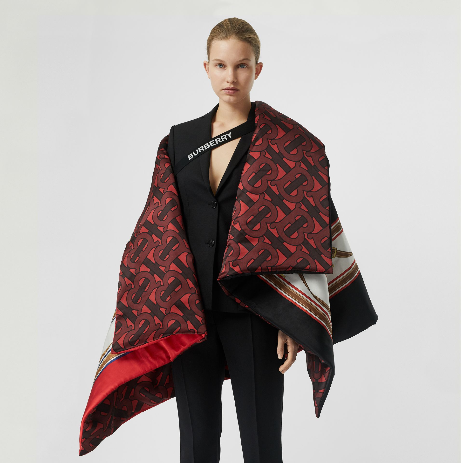 Archive Scarf Print Silk Satin Oversized Puffer Cape in Crimson - Women | Burberry - gallery image 3