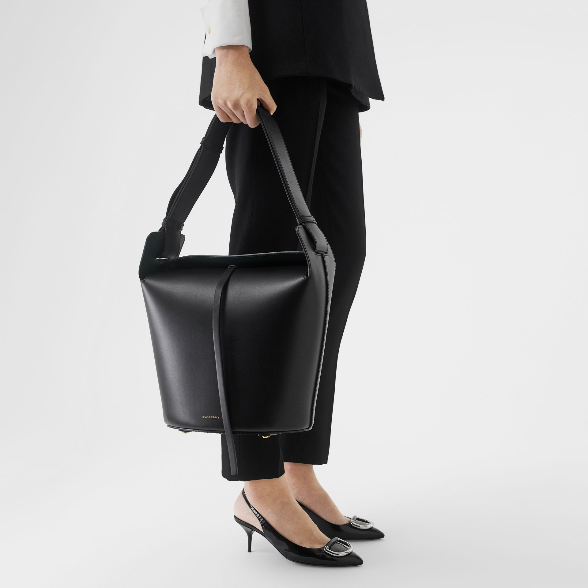 The Medium Leather Bucket Bag in Black - Women | Burberry - gallery image 2