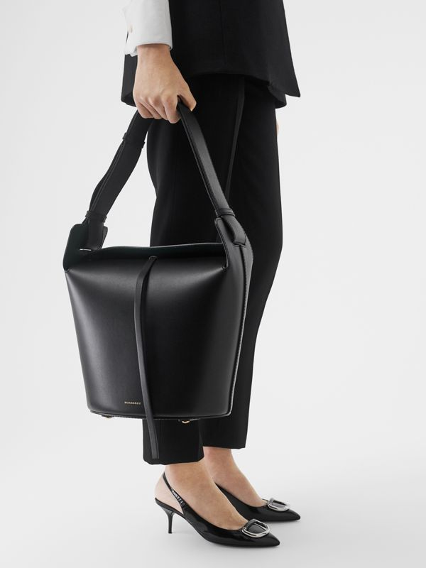 Borsa The Bucket media in pelle (Nero) - Donna | Burberry - cell image 2