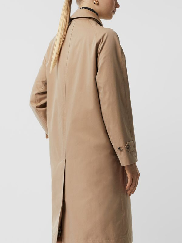 Car coat in gabardine di cotone con occhielli (Miele) - Donna | Burberry - cell image 2