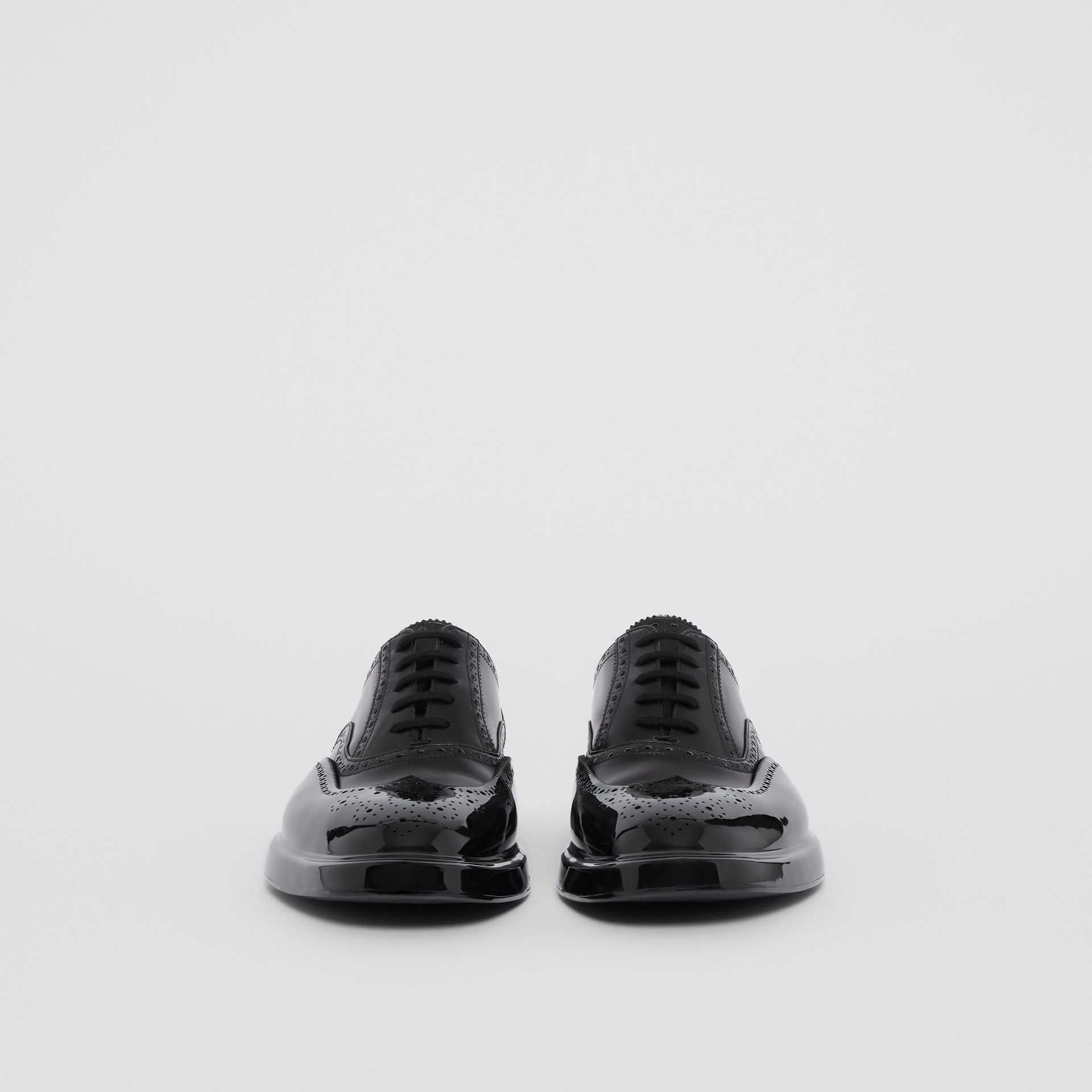 Toe Cap Detail Leather Oxford Brogues in Black - Men | Burberry United Kingdom - gallery image 3
