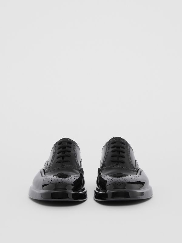 Toe Cap Detail Leather Oxford Brogues in Black - Men | Burberry United Kingdom - cell image 3