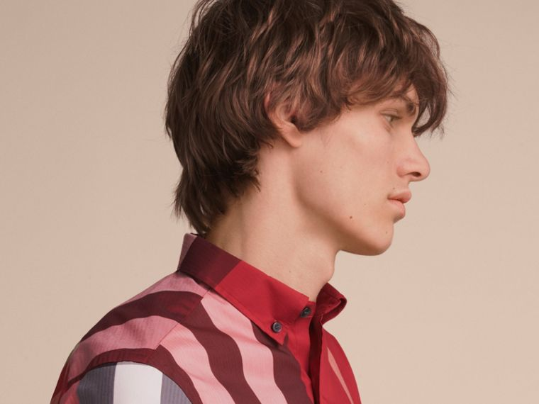 Short-sleeve Check Stretch Cotton Blend Shirt in Parade Red - Men | Burberry Canada - cell image 4