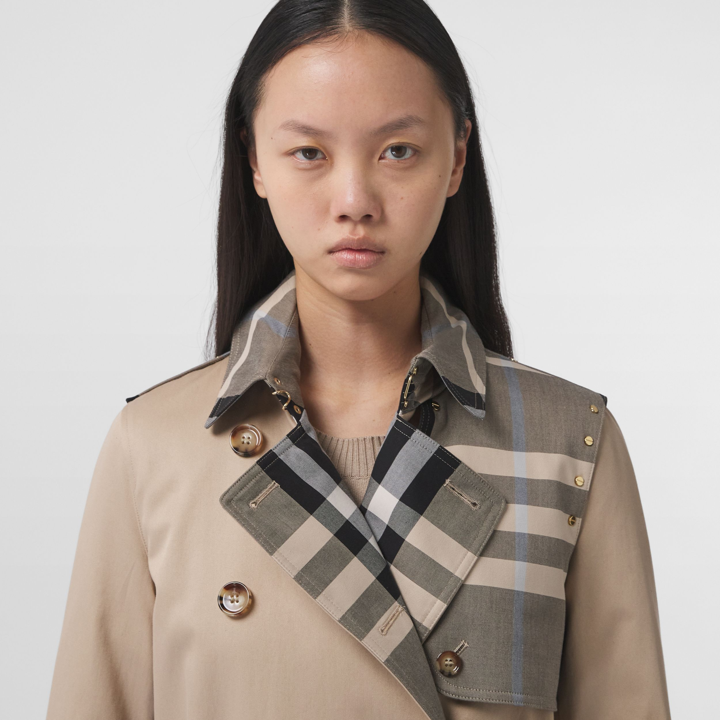 Check Panel Cotton Gabardine Trench Coat in Soft Fawn - Women | Burberry - 2