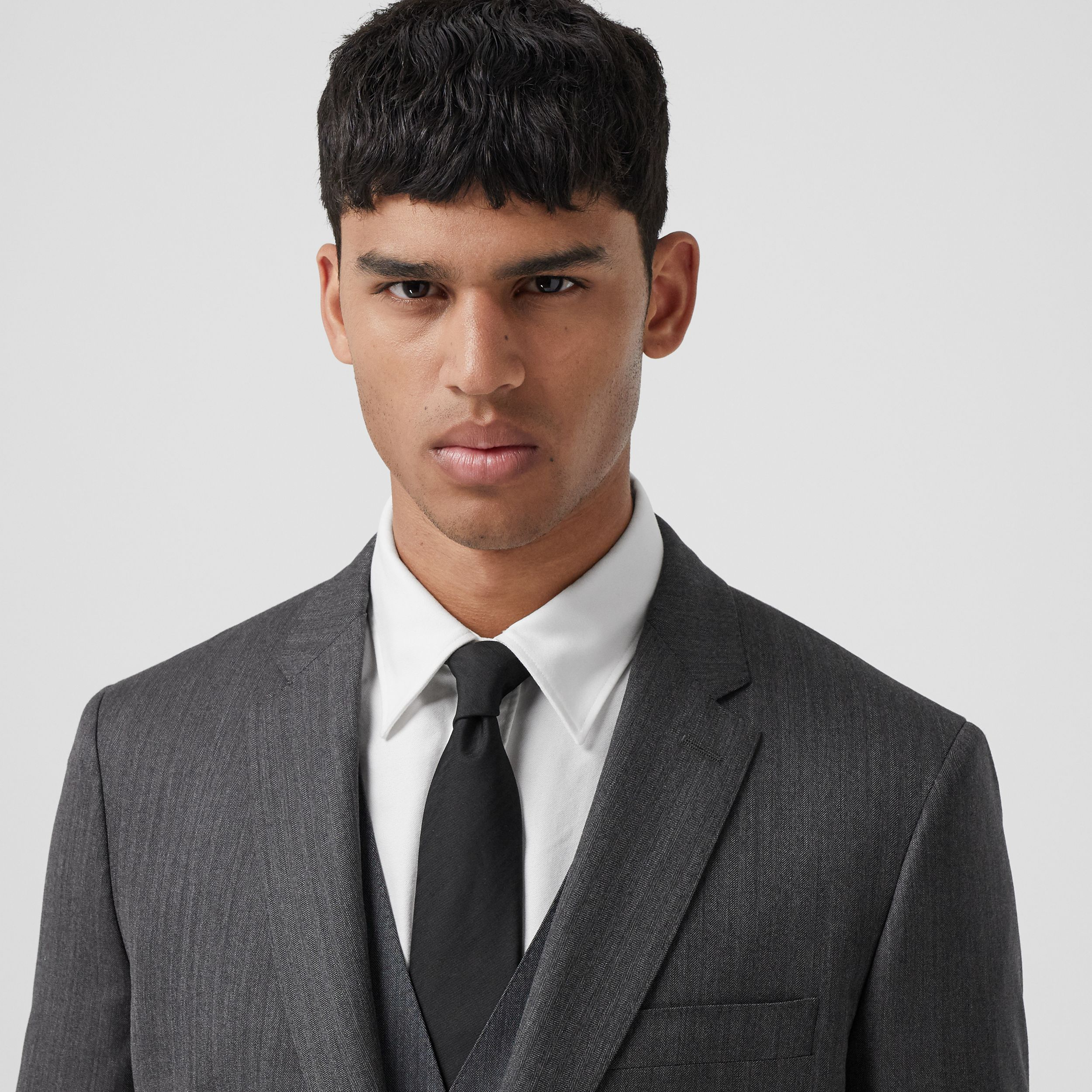 Slim Fit Herringbone Wool Suit in Mid Grey - Men | Burberry - 2