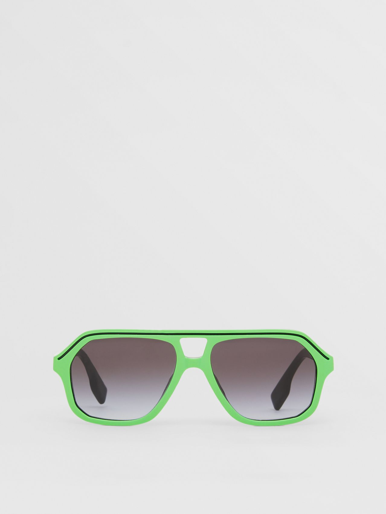 Navigator Sunglasses in Green