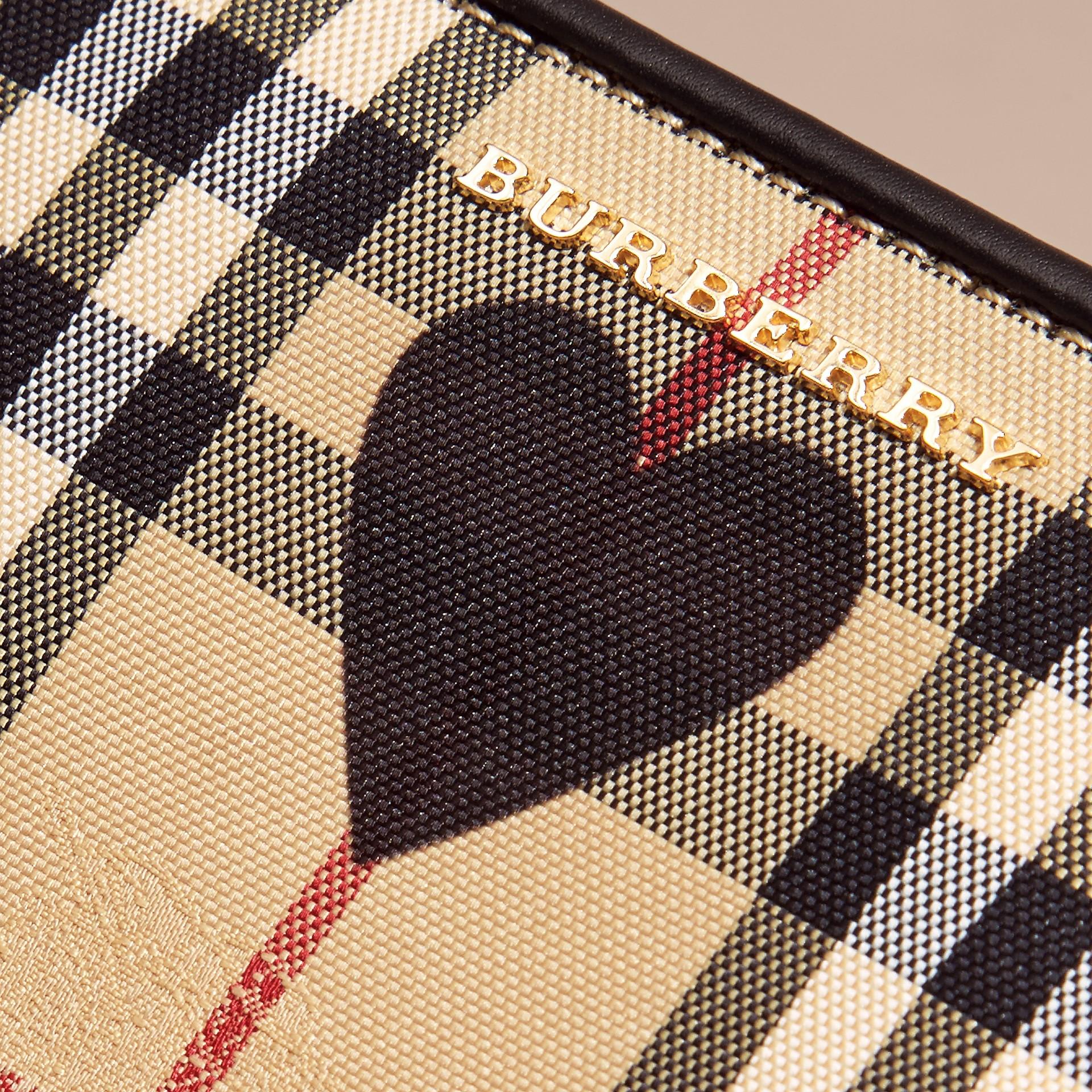 Noir Clutch en tissu check à imprimé à cœurs et cuir Noir - photo de la galerie 2