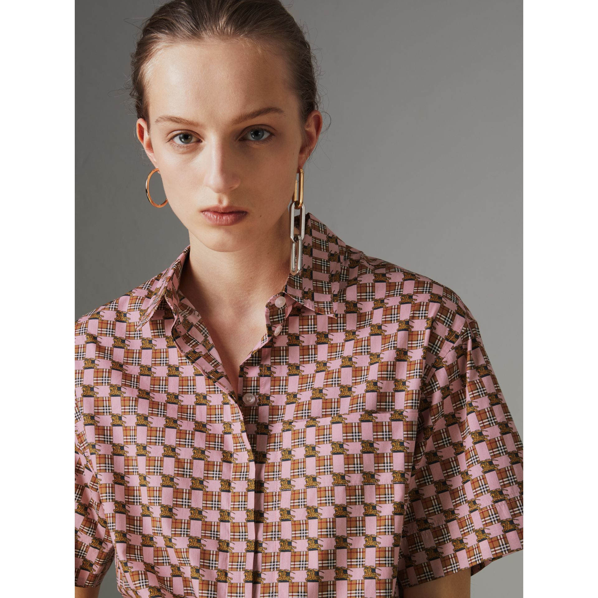 Short-sleeve Tiled Archive Print Cotton Shirt in Pink - Women | Burberry - gallery image 1