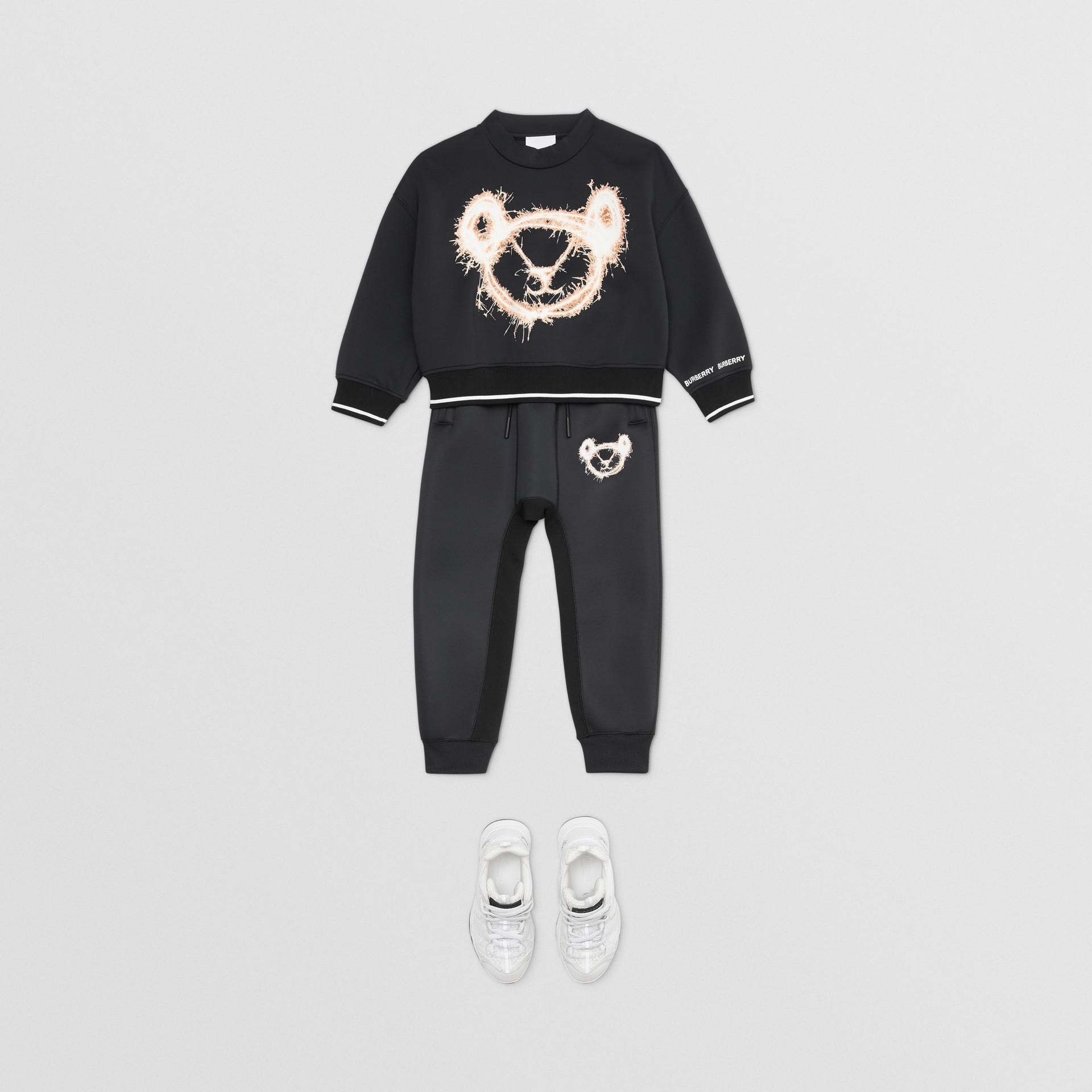 スパークラープリント ネオプレン スウェットシャツ (ブラック) | バーバリー - ギャラリーイメージ 2
