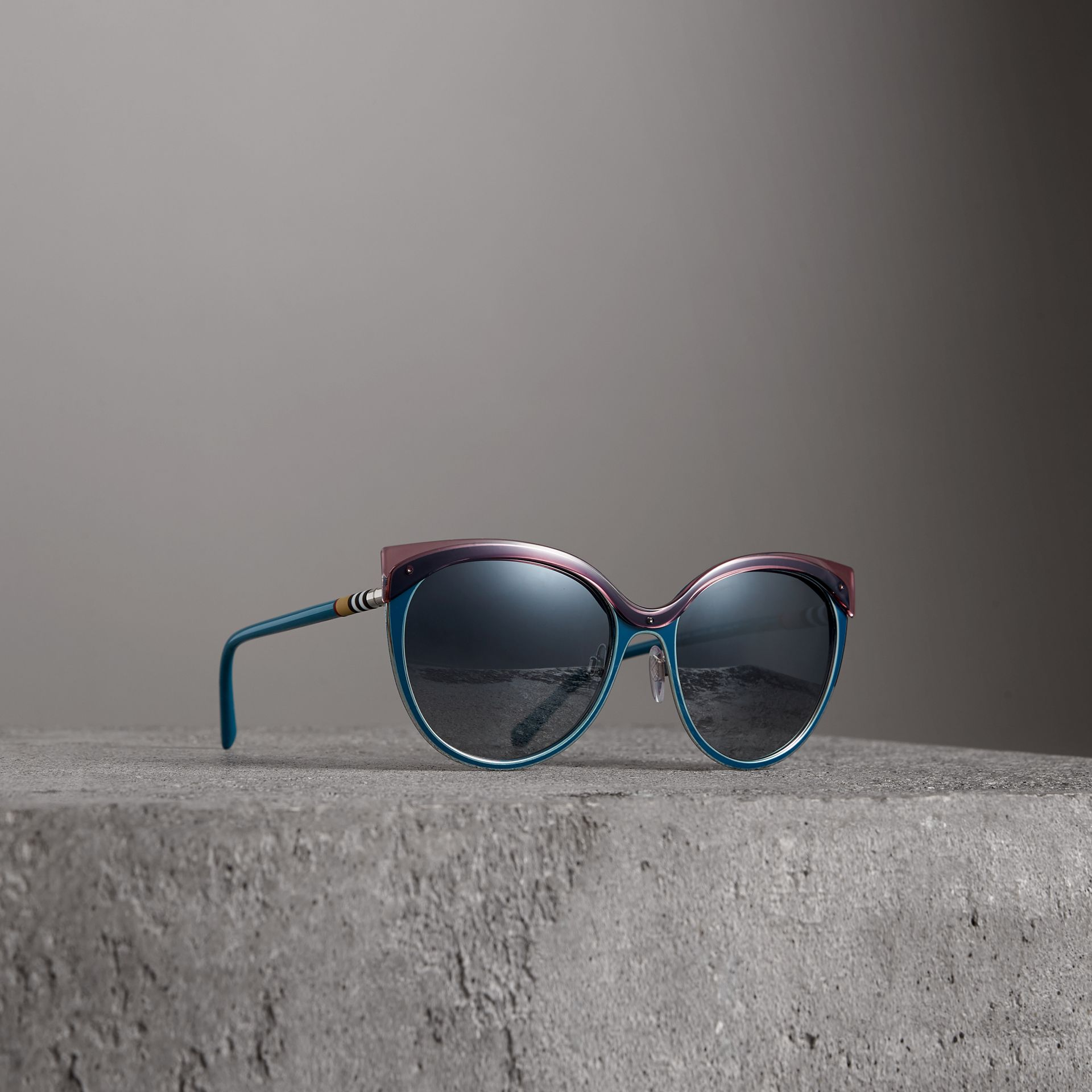 Two-tone Cat-eye Frame Sunglasses in Violet Blue - Women | Burberry - gallery image 0