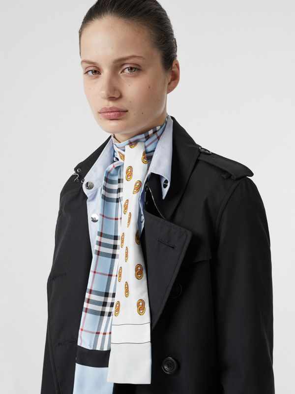 Vintage Check and Link Print Silk Skinny Scarf in Pale Blue | Burberry Singapore - cell image 2
