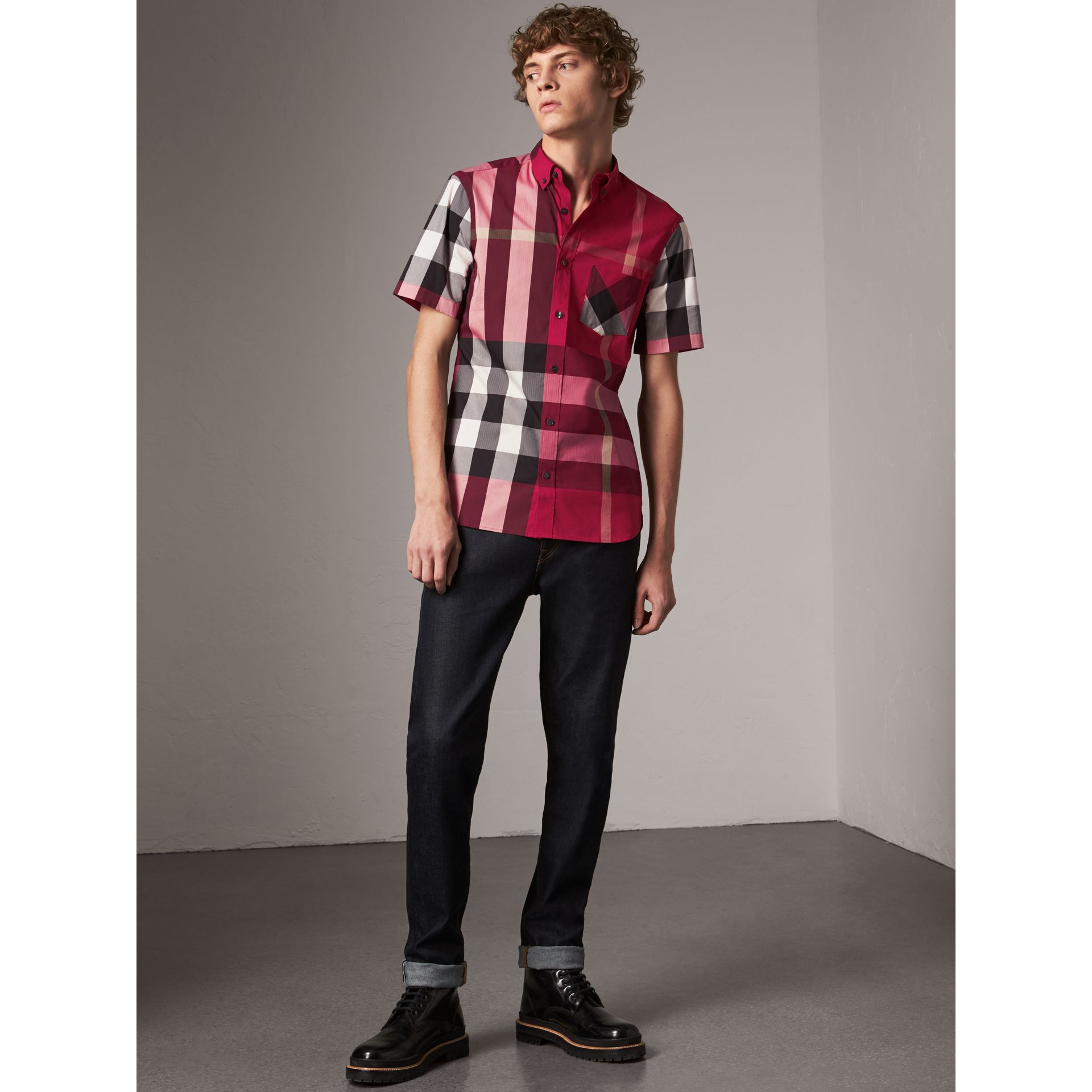 Short-sleeve Check Stretch Cotton Blend Shirt in Parade Red - Men | Burberry - gallery image 4