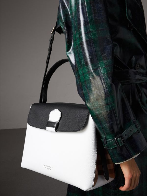 Medium Two-tone Leather and House Check Tote in Chalk White/black - Women | Burberry Singapore - cell image 3