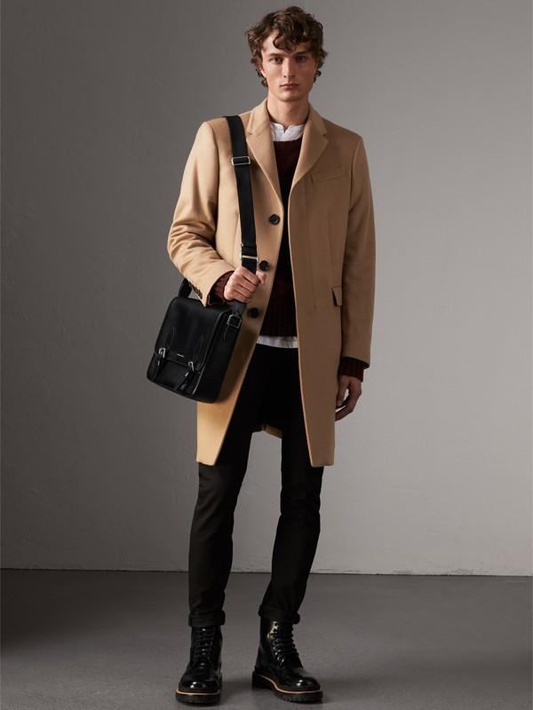 Medium London Leather Messenger Bag in Black - Men | Burberry United Kingdom - cell image 2