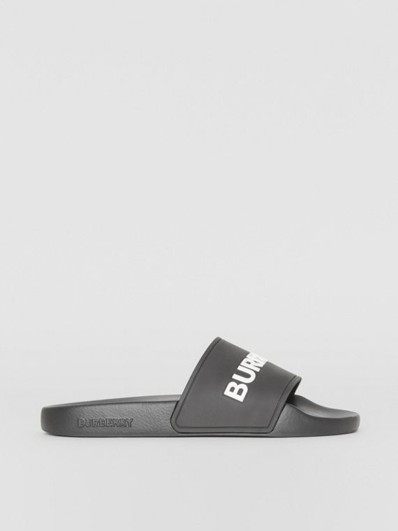 Kingdom Print Slides in Black